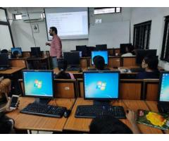 Enroll in hob-centric Java programming course offered by WebTek Labs